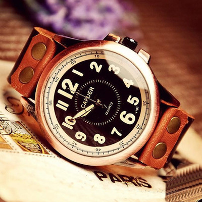 Vintage Style Mens Leather Wristwatch