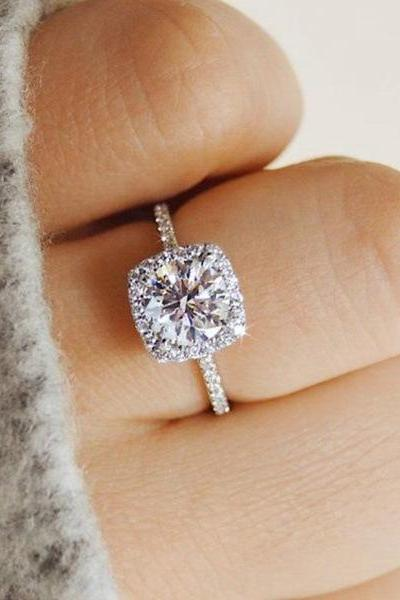 Fashion Crystal Design Rings for Women Girls Engagement Ring Wedding Jewelry Gift